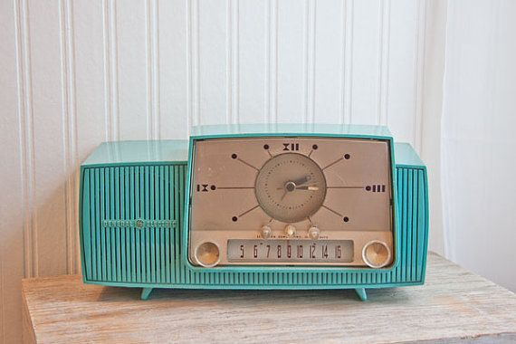 1950s Vintage Clock Radio Turquoise General Electric GE retro Atomic kitsch home decor mad men. $90.00, via Etsy.