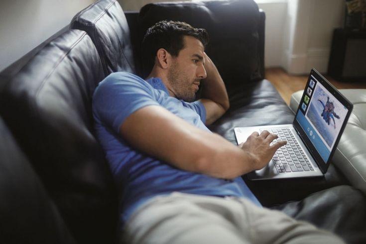Polacy i wideo w sieci: Mężczyźni śledzą newsy, kobiety porady ekspertów