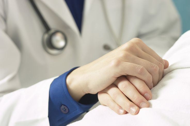 Une infirmière australienne en soins palliatifs a consigné dans un livre les 5 regrets les plus récurrents formulés par ses patients en fin de vie...