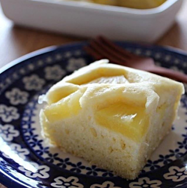 冷やしてもイケます。 - 65件のもぐもぐ - パイナップルとココナッツミルクの蒸しパン by ouchi7