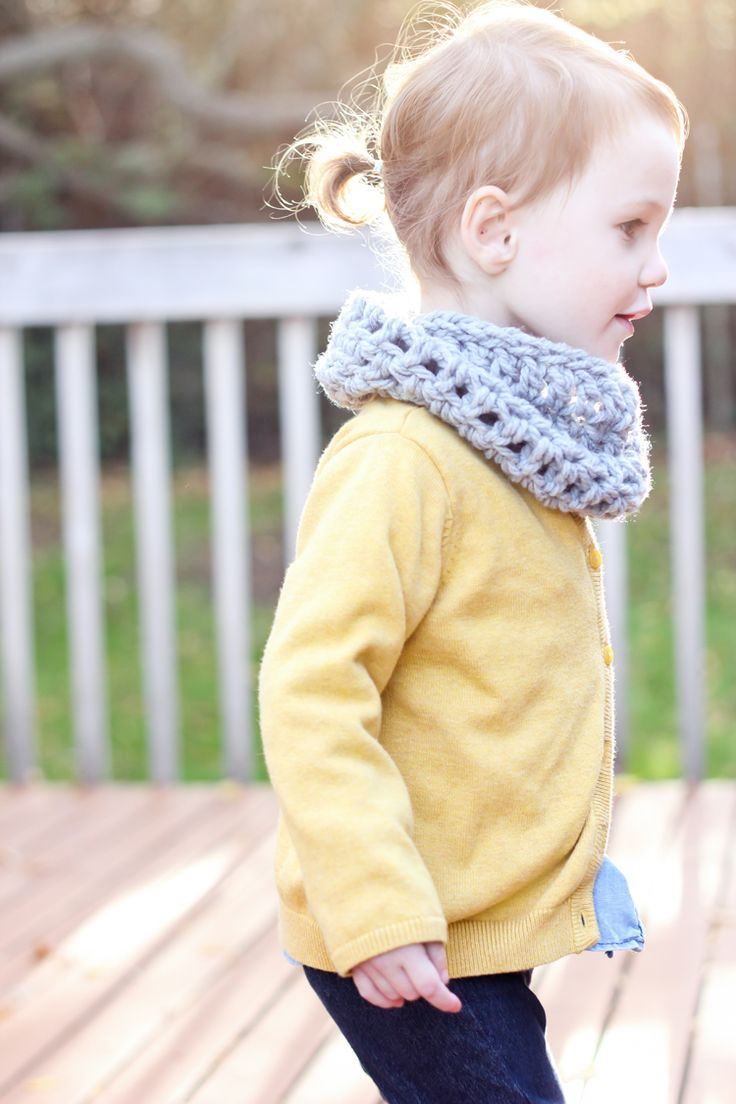 Best 25  Toddler cowl ideas on Pinterest | Toddler scarf crochet ...