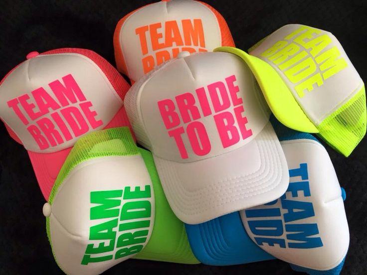 Gorras estamapdas personalizadas para Despedidas de solteros y matrimonios - love GafasColors.com