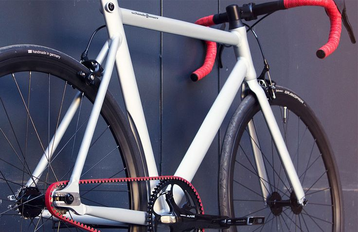 Schindelhauer Viktor Red Race Limited Edition. Singlespeed / Fixed-Gear with red Gates Carbon Drive