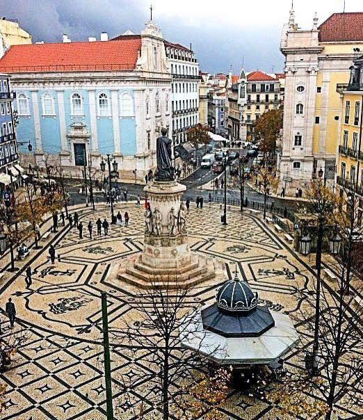 Lisbon - square Luís de Camões #Portugal