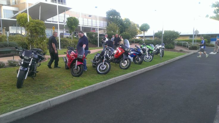 2013 December - DMCSC Members Delivering Toys to children in Toowoomba Base Hospital