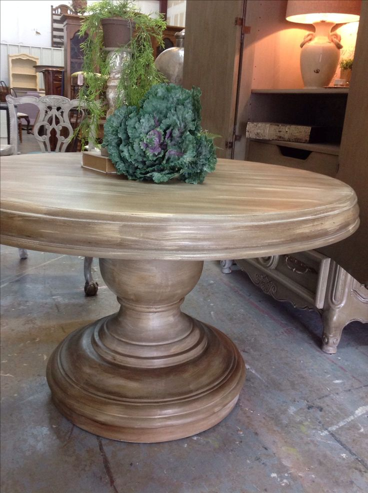Best 25 Painted Round Tables Ideas On Pinterest Painted