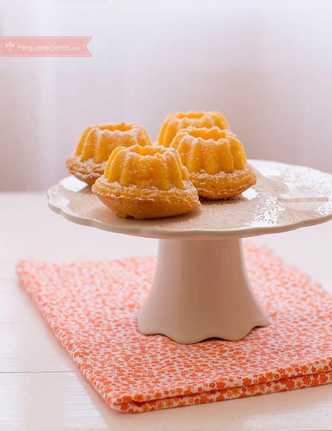 Bizcochitos de zanahoria, una receta rápida y riquísima. Os enseñamos a hacer bizcochos de zanahoria paso a paso. Una receta fácil que gustará a toda la familia.