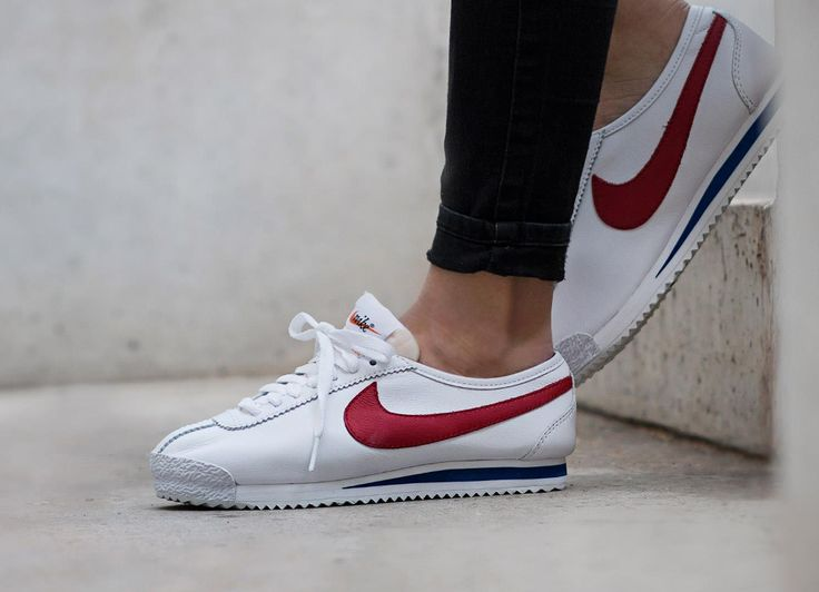 chaussure Nike Cortez 72' OG 'White Varsity Red' pour femme (1)