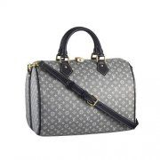 luxurious LV bags on sale ,only $100! I really like this site, please save and keep it #LV Monogram Idylle