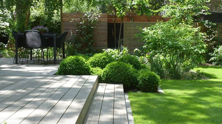 Holzdecke mit Stufen