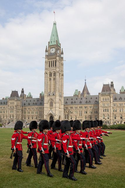 The changing of the guard / La relève de la garde by Canada's Capital - Capitale du Canada, via Flickr
