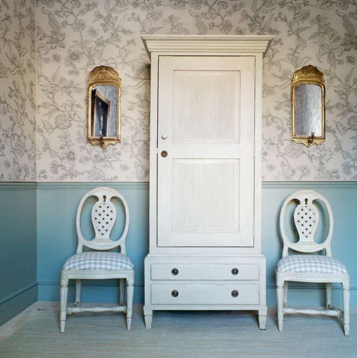 armoire de chambre de style gustavien gus 133 chelsea textiles d co xviii me si cle. Black Bedroom Furniture Sets. Home Design Ideas