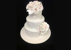 Lace Motifs #Wedding #Cake