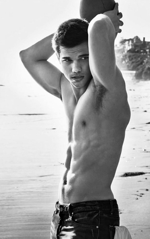 Taylor Lautner ;)