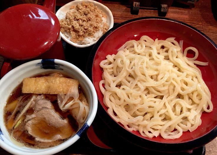 肉汁うどん @こめんこ屋 鳥そぼろご飯はタイムセール0円! こんどは胡麻だれだ…前回もそう思ったような…