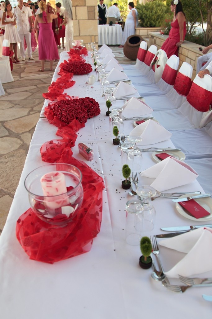 1000 Images About Love Heart Themed Wedding On Pinterest