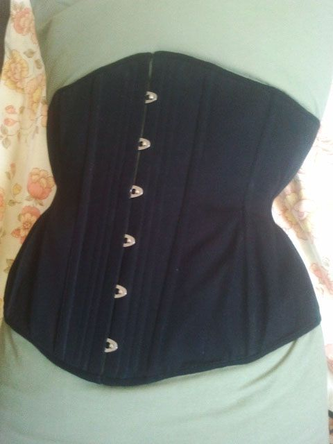 Corset comission. Single layer coutil with flat and spiral steel bones. By Jessie Churchill