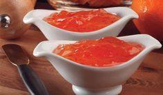 Geléia de Pimenta com maçã e suco de laranja.