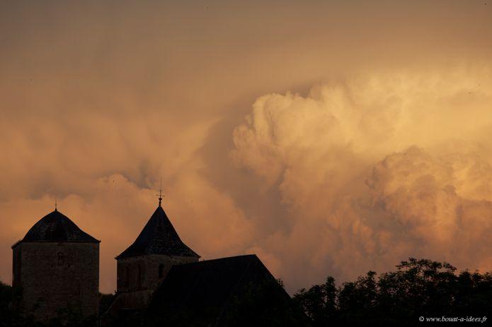 Un soir, Floirac en Quercy.