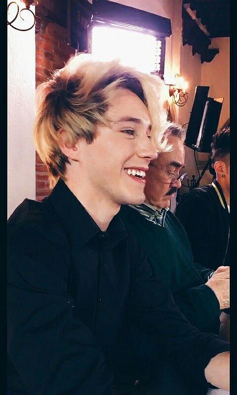 Esa sonrisa no la superó nunca nunca.