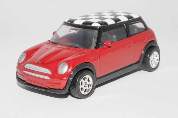 1:64 scale Mini Cooper (Red with Black & White checked roof) – by Welly