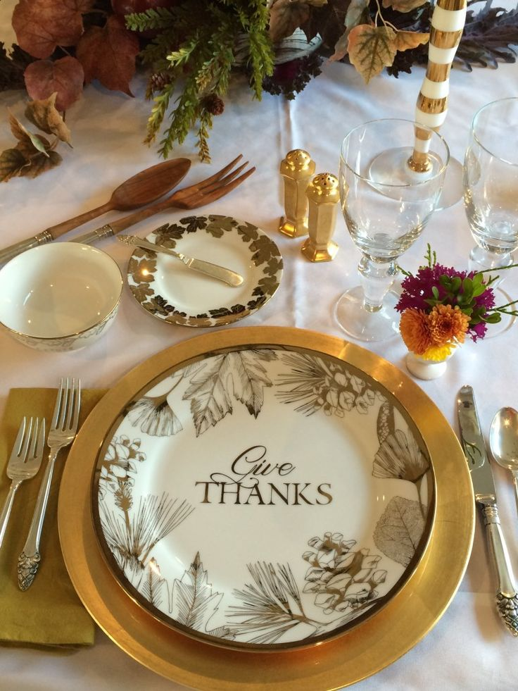 Give Thanks by creating an elegant Fall and Thanksgiving tablescape with these gold and white plates from HomeGoods. These printed leave and pinecone plates are the perfect addition to dress up your Holiday table. Go ahead and mix it with your fine china. No one will know the difference! Sponsored Happy By Design Post.
