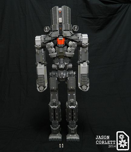 Cherno Alpha, 3-ft tall LEGO jaeger from Pacific Rim