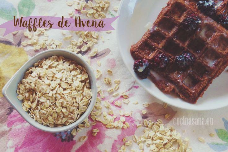 Waffles de Avena, Cocoa y Plátano on Cocina Sana