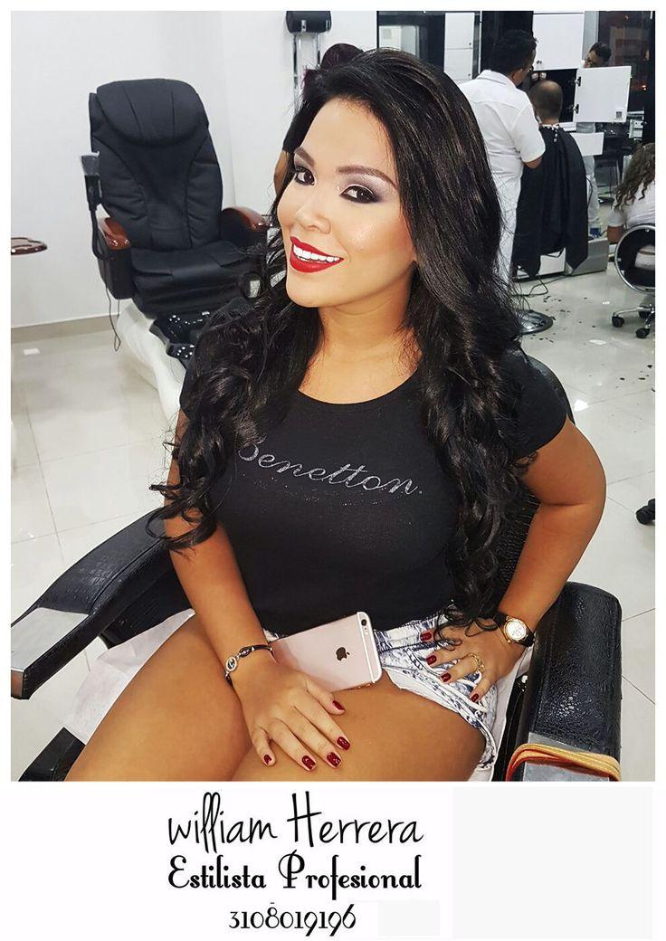 ¡Seguimos con rojo sensual que te aporta elegancia y glamour! Ven y asesórate conmigo! ¡Un abrazo de tu amigo, William Herrera! #MakeUp #Maquillaje #Belleza #MAC #CaliCo #Cali #Colombia #CaliEsCali #Hermosas #Recogidos #Pro #Estilista #Profesional #Natural #Mujeres #Look #Style