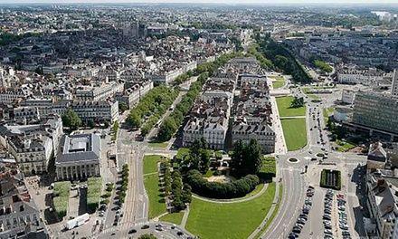 Citytour Nantes à Nantes : Découverte de Nantes en bus: Visite de la ville de Nantes à bord d'un bus doté d'un toit panoramique