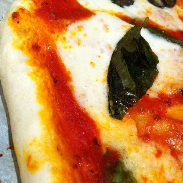 """""""New fave quickie meal: homemade margherita pizza made with fior di latte. #cdncheese #simplepleasures""""  - Karen Kwan"""