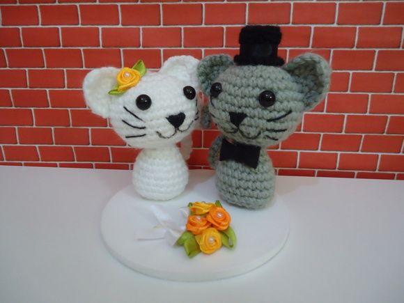 Lindo topo de bolo para casamento casal de gatinhos #topodebolo #casamento #amigurumis #bridal #casamentonocampo #wedding