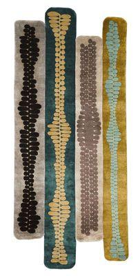 Tapis Cintas / 273 x 120 cm Tons verts - Chevalier édition - Décoration et mobilier design avec Made in Design