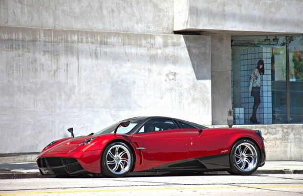The first Pagani Huayra up for sale at €2 million