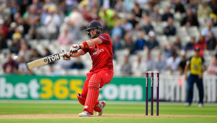 Lightning Beat Birmingham Bears in T20 Thriller