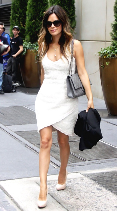 rachel bilson. One of my faves. Love everything about this look