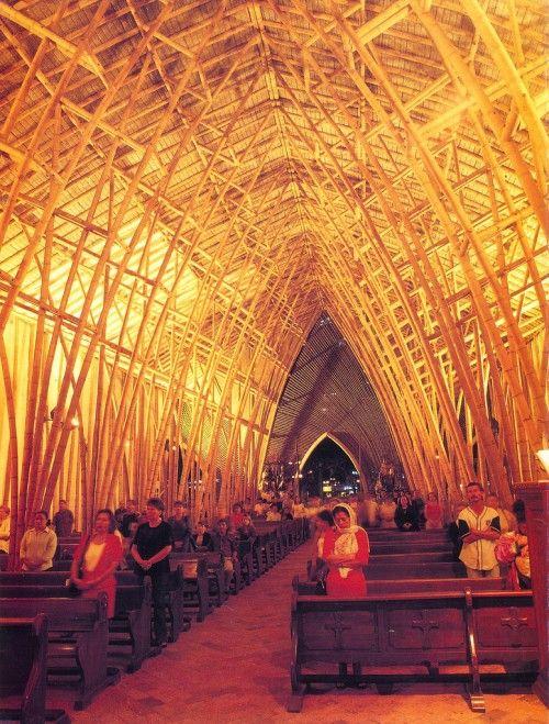 Church made of bamboo / Simon Velez, Colombian Architect