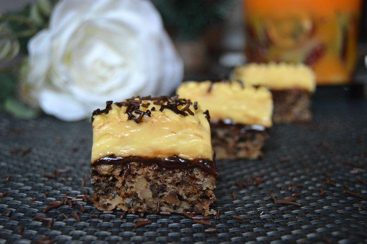 Prajitura cu nuci si vanilie |  MiremircMiremirc | ... bucataria in imagini