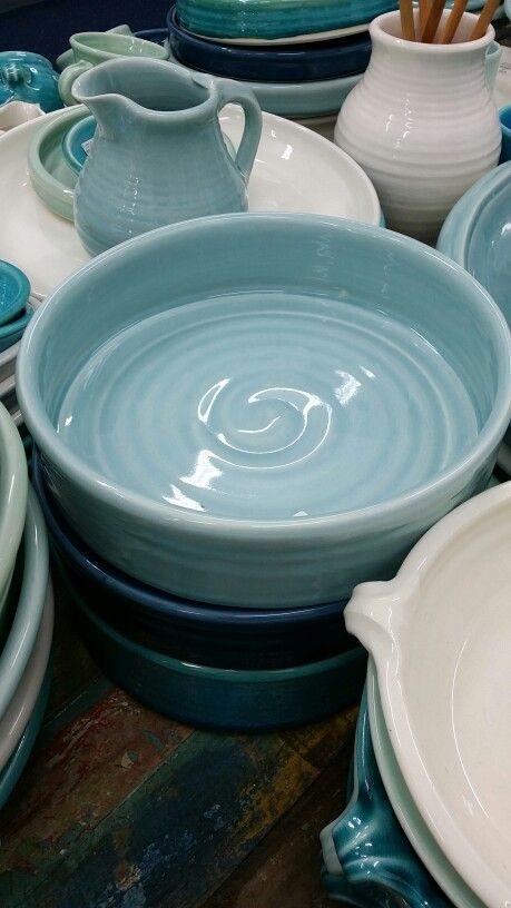 Tony Sly Ceramics classic range pie dish.