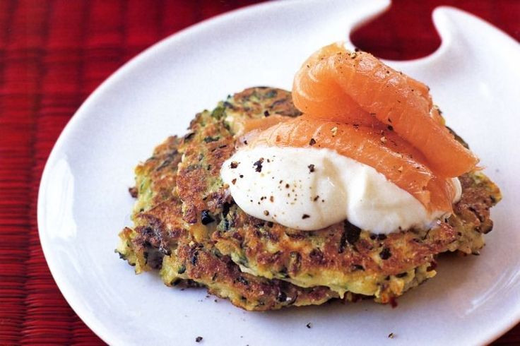 Zucchini fritters with low-fat sour cream and smoked salmon
