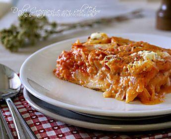 Pasticcio di patate al forno, pomodoro e mozzarella