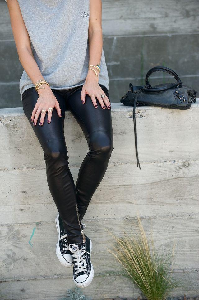 Leather pants, t-shirt, converse