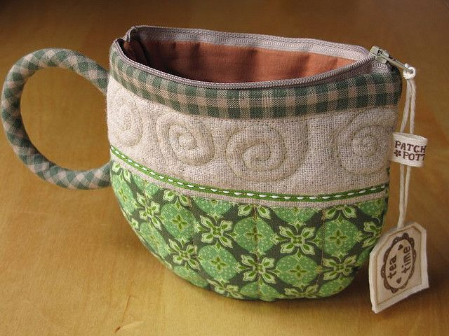 This is a pouch with a zipper, but I'm going to make it without the zipper & hang it in the kitchen for mail.