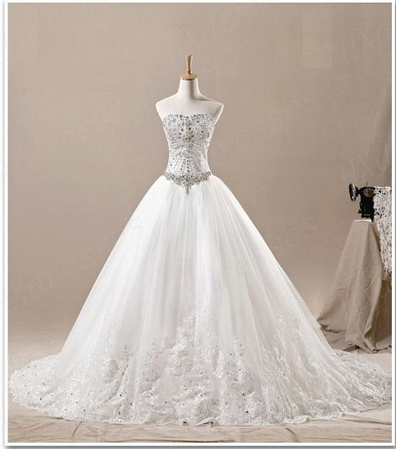 Luxury Sweetheart Beads  Embroidery White Ivory Backless Organza Court Train Wedding Dress Wedding Dresses Ball Gown Bridal Gowns 2013 auf Etsy, 222,50 €