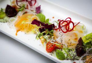 Салат «Органик» с соусом «Гуакамоле»