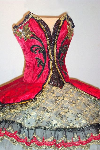 Top provider of Online costumes and fancy dress costumes in Australia. Click here for the latest online costumes, in Costume Central, great bargains. http://www.costumecentral.com.au/