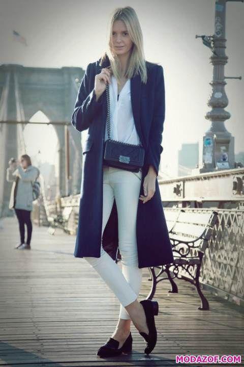 Siyah Beyaz Çizgili Pantolon Kombini