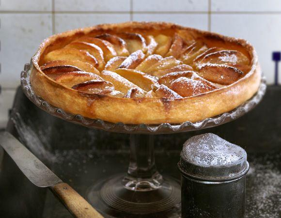 Raymond-Blanc-Maman-Blanc-Apple-Tart  My absolute favorite to bake and so easy to make!
