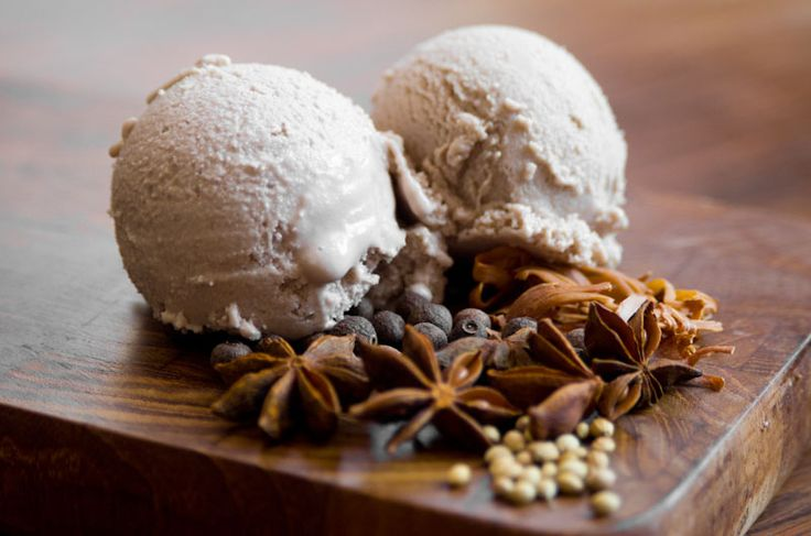 Homemade Mulled Wine Ice Cream #recipe
