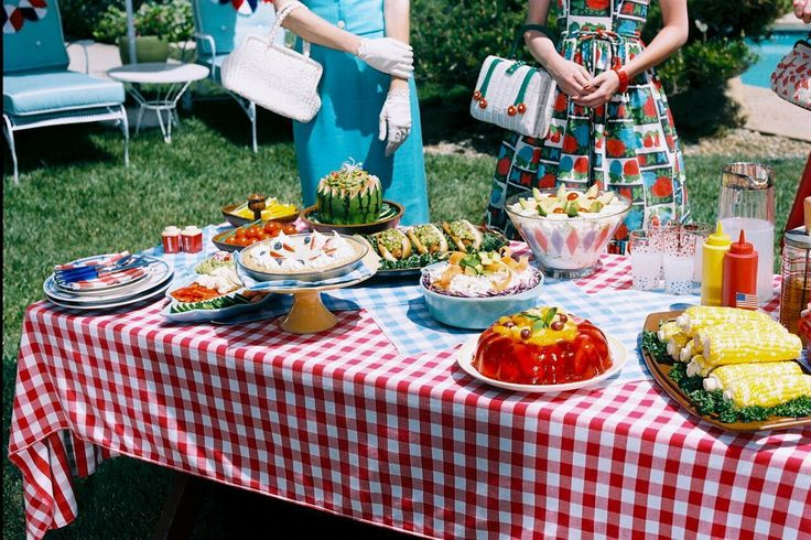 1950 39 s vintage outdoor table with buffet food gingham checked picnic tablecloth retro summer. Black Bedroom Furniture Sets. Home Design Ideas